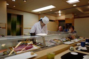 祝うべき人が逝って最初の誕生日、寿司を喰う